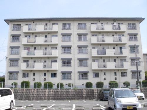 垢田県営住宅