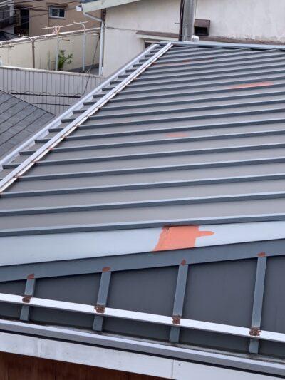 屋根塗装前 大田区の住宅