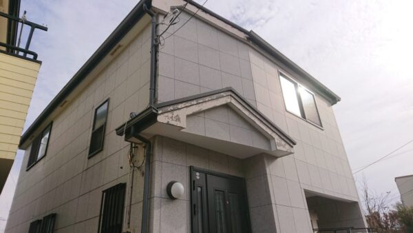 藤沢市の一戸建て住宅(塗り替え前)